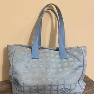 ❤️Authentic Chanel Tote!!!